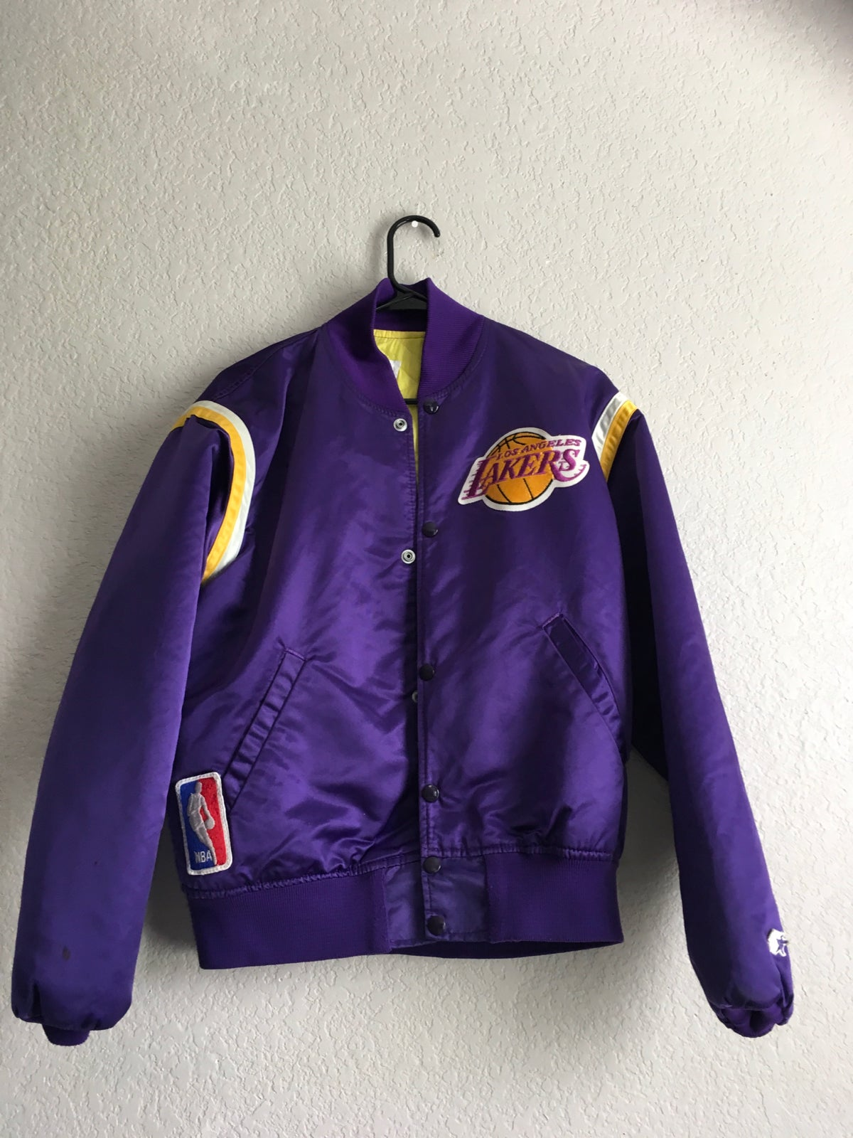 Vintage Lakers Jacket Corde Thrift Store