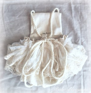 Image of Linen & Lace Cream