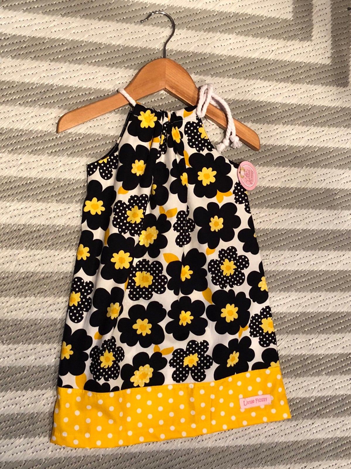 Image of Dottie Navy/Yellow Dress