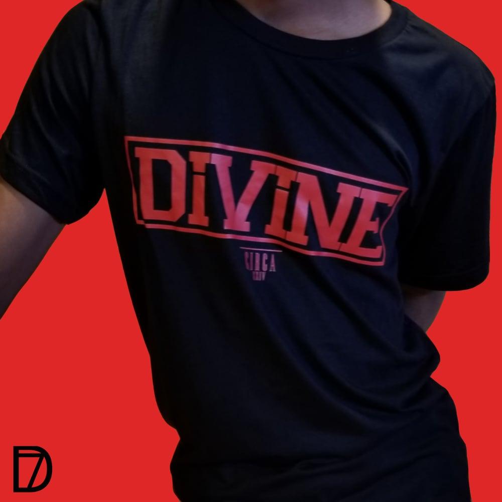 Image of divine pillar black