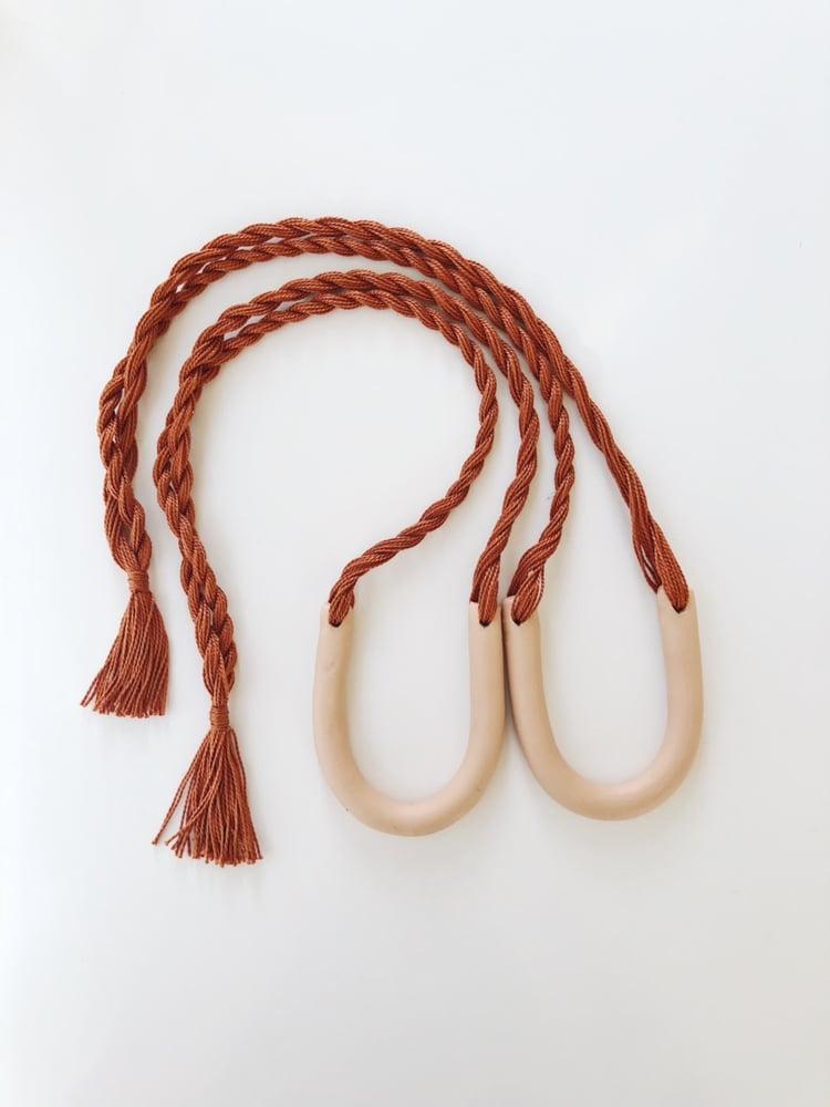 Image of rust + nude arc necklace