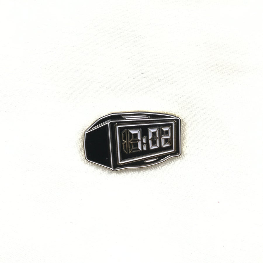Image of am/pm enamel pin