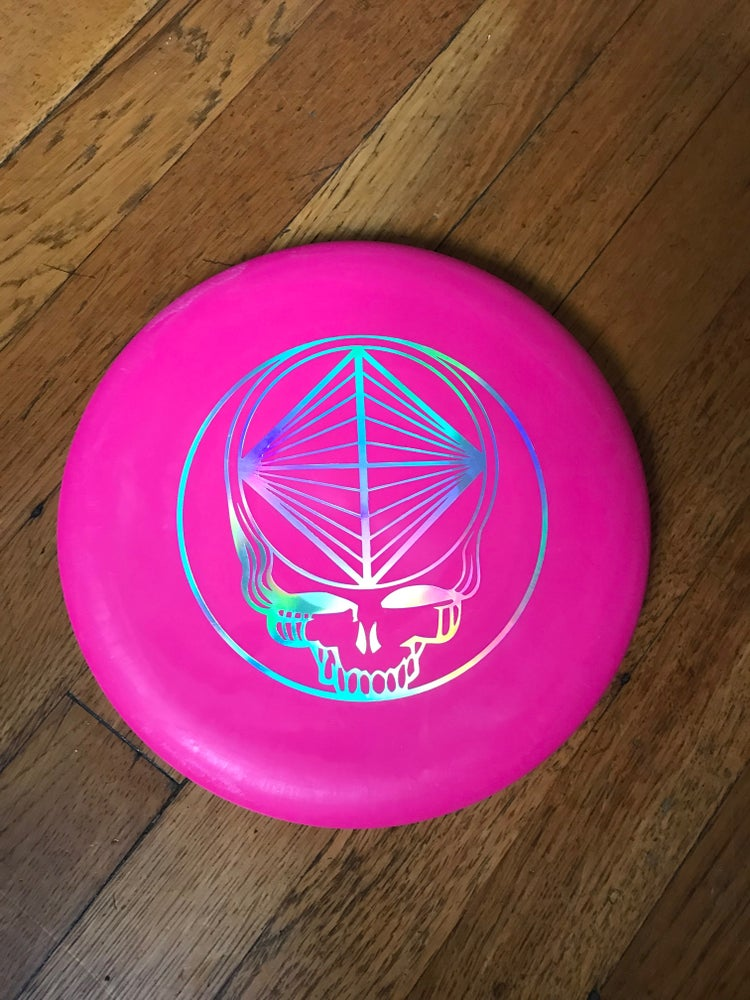 Image of Wizard Swirly SSS Blend (Hot Pink w/ Hologram Stealie Stamp) Golf Disc