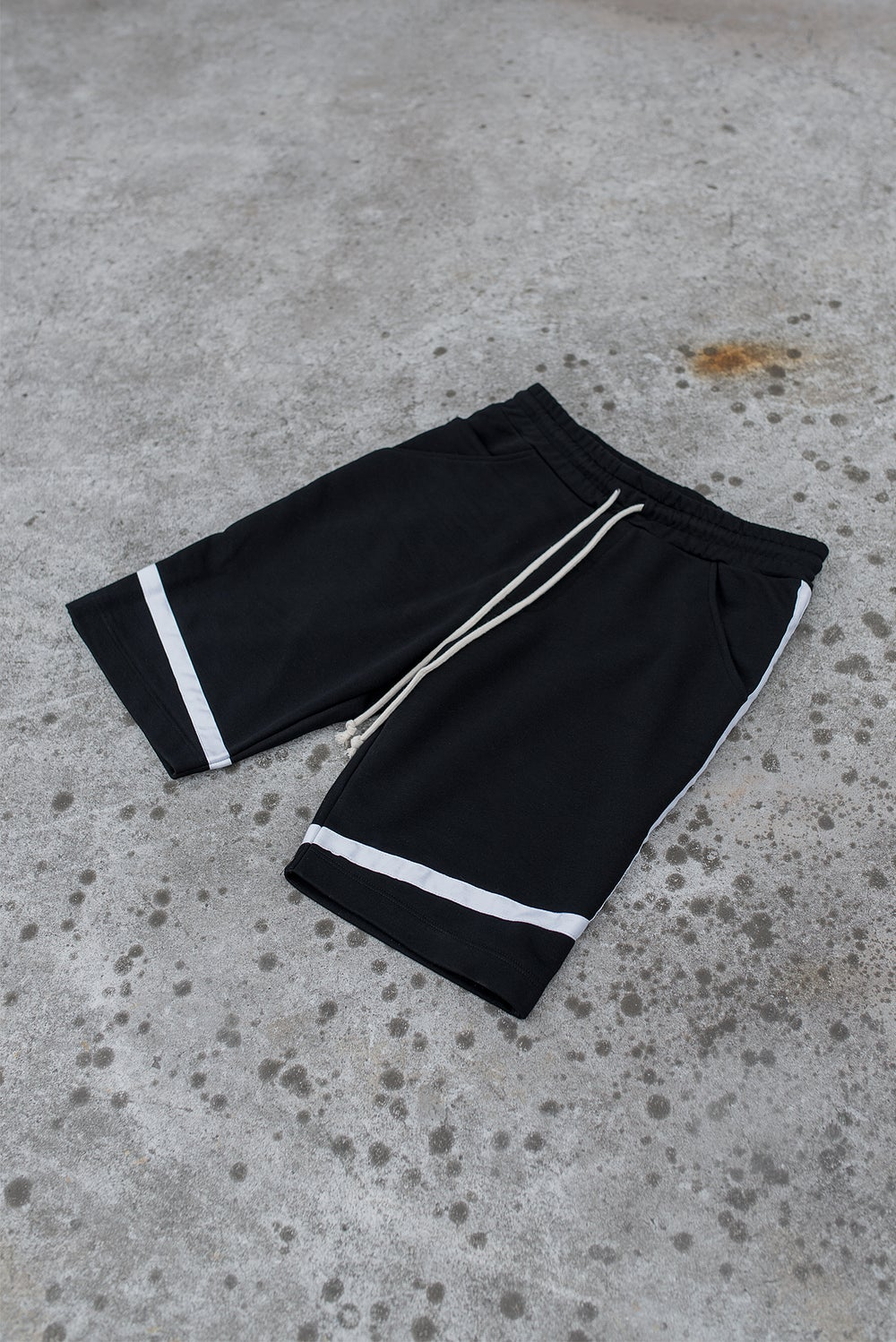 Image of Urban Flavours / U-F.studio Bascet shorts