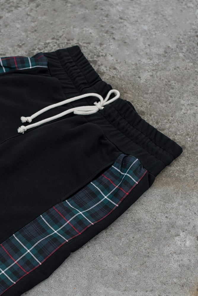 Image of Urban Flavours / U-F.studio Tartan dropcrotch shorts