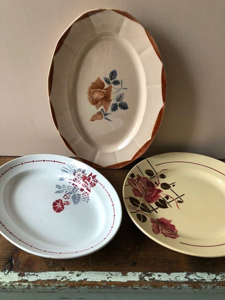 Image of Plats ovales en porcelaine