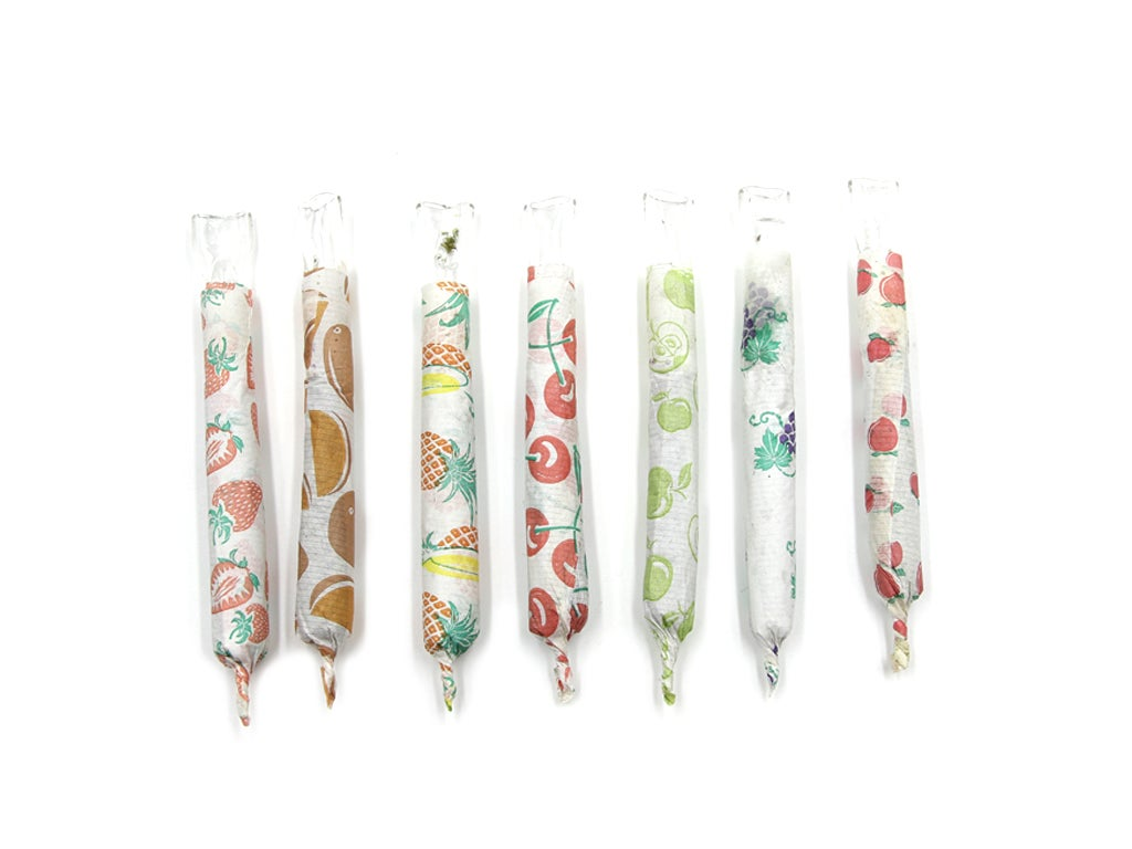 Image of Flavored Rolling Papers. (24 leaves) (XL size, 32 leaves)