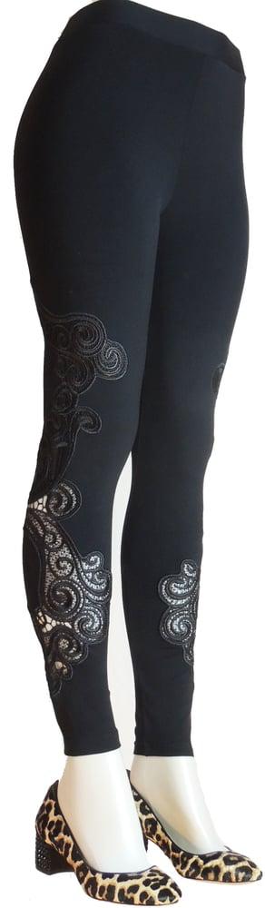 Image of Black round lace FW6017