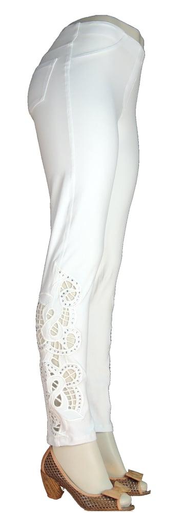 Image of White Richelieu FW6072Eloah