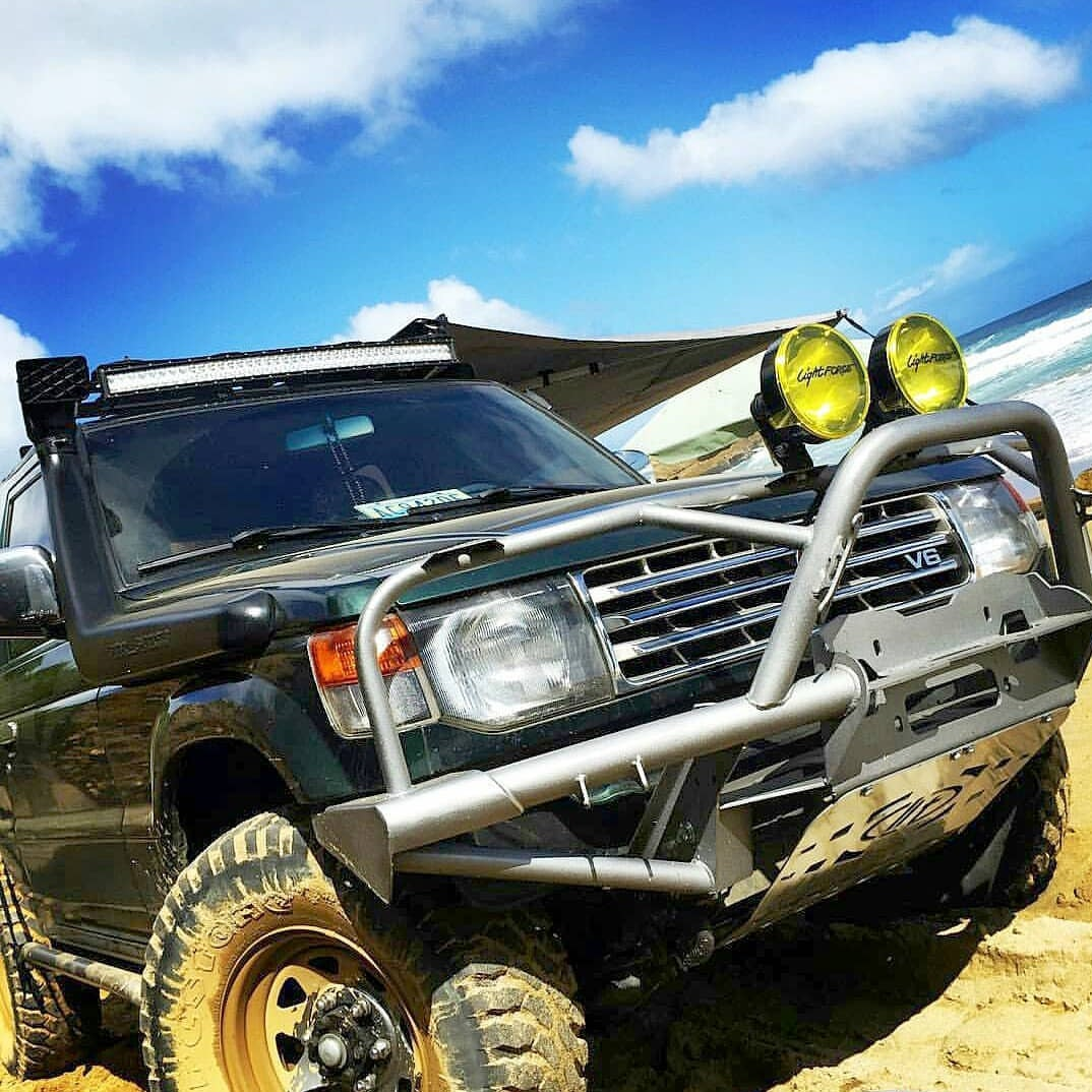 Image of BT4X4 Mitsubishi Montero 2nd Gen rally front bumper