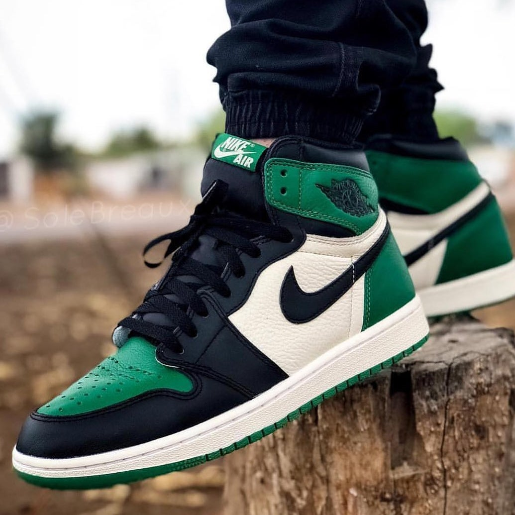 88bf82101a171b Nike Air Jordan Retro 1 Pine Green 2018 PREORDER