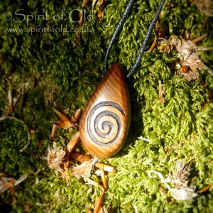Image of Ancient bog yew spiral amulet (PE1266)