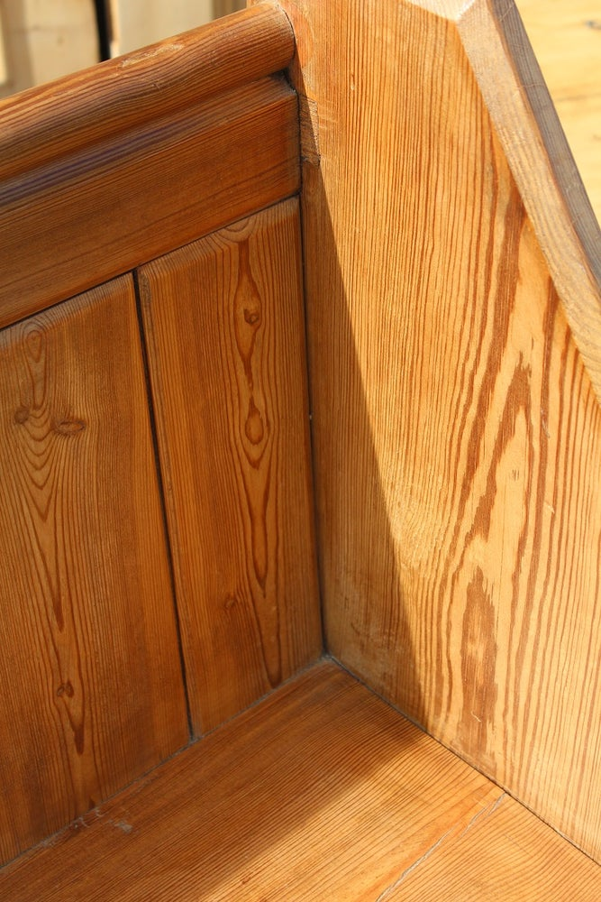 Image of VICTORIAN PITCH PINE PEW