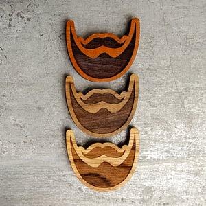 Image of Engraved Wood Beard Magnet - Decorative Magnetic Handmade Wood Ornament Decor - Oak