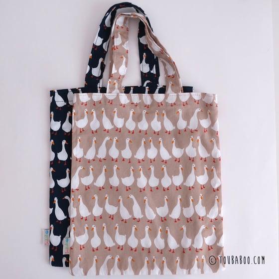 Image of Tote bag motifs petites oies