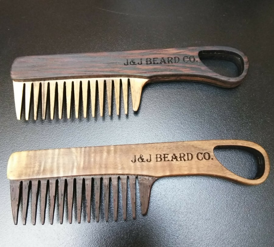Image of 2 wood fixed Comb