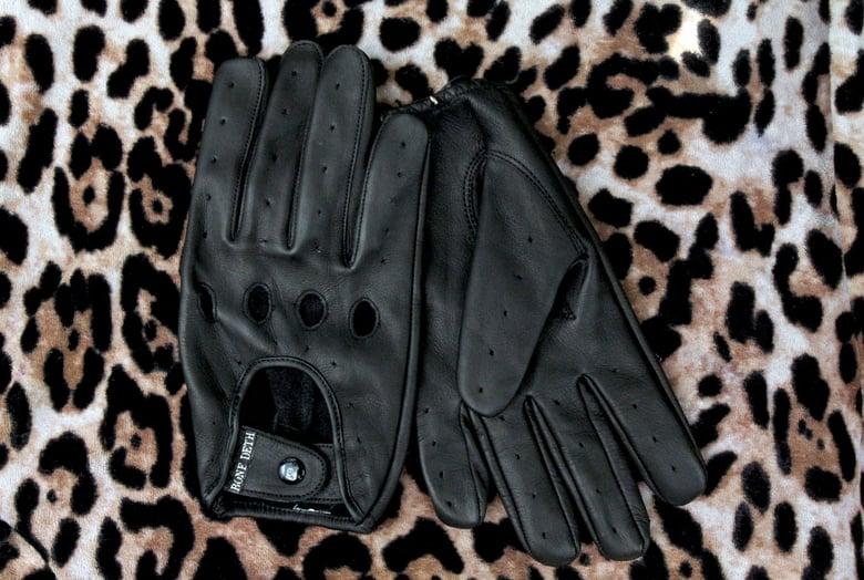 Image of Murder Gloves