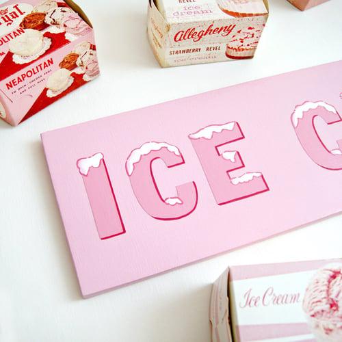 Image of Ice Cream sign