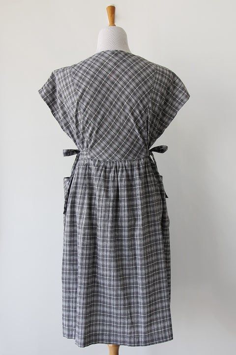 Image of SOLD Plaid Dress With Side Ties And Pockets