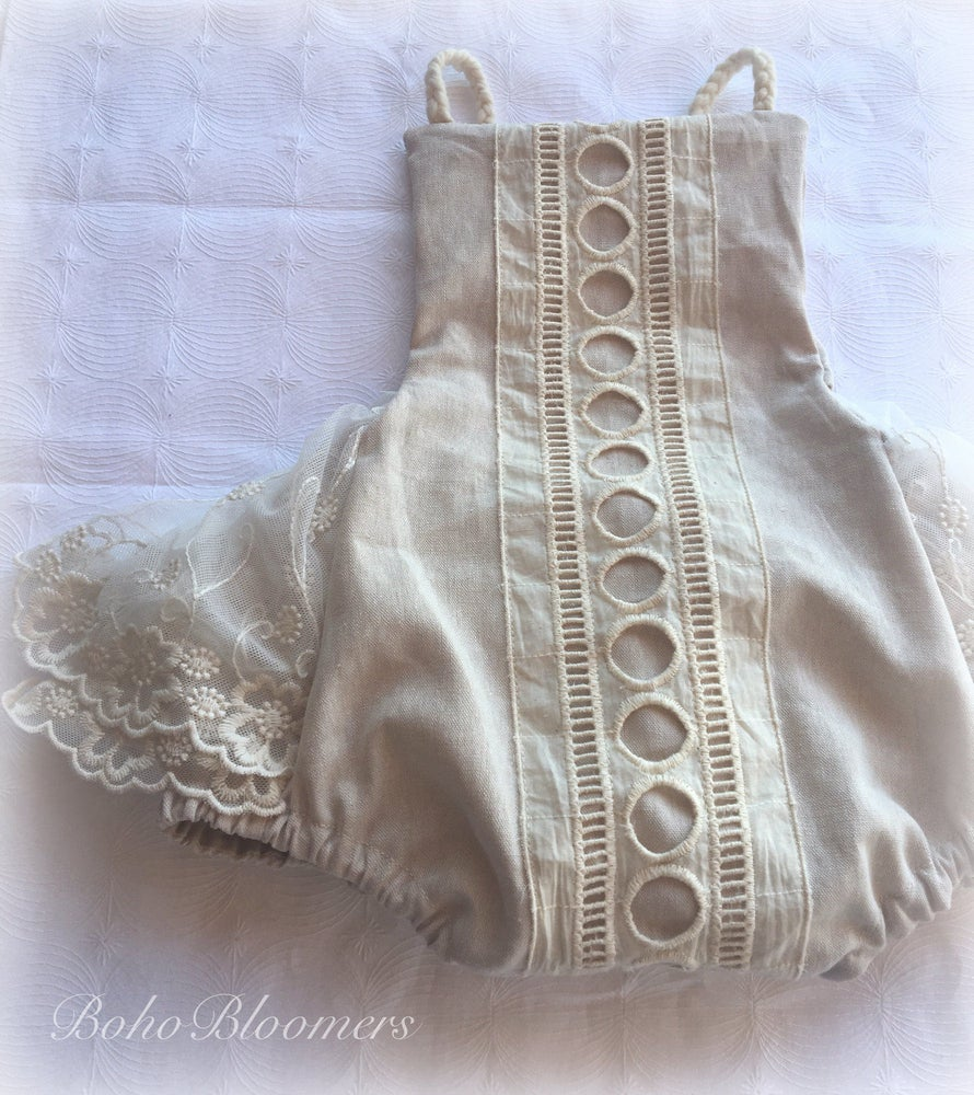 Image of Circle Lace Linen Romper