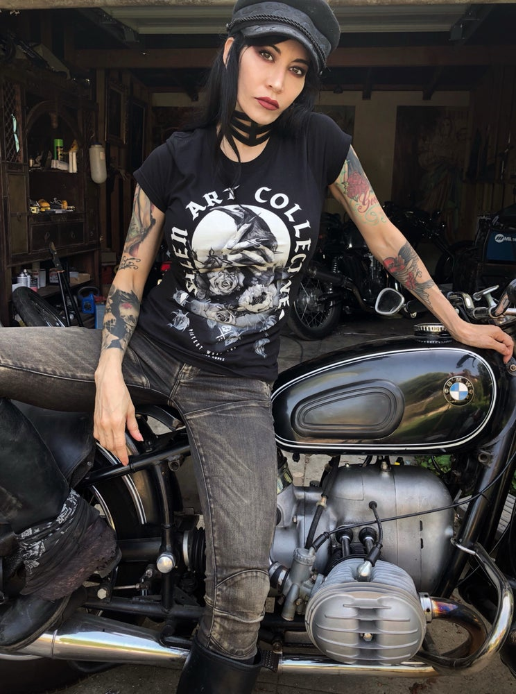 Image of Women's Protect what you love Sullen Crow tee