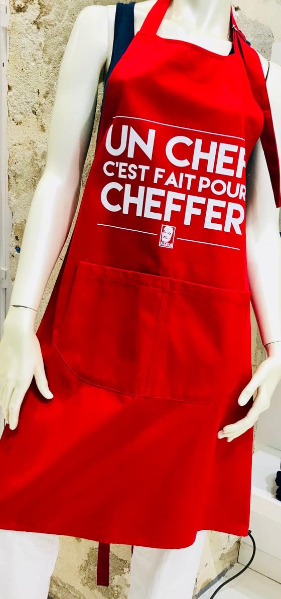 """Image of Tablier Chirac """"Un Chef C'est Fait Pour Cheffer"""" Rouge"""