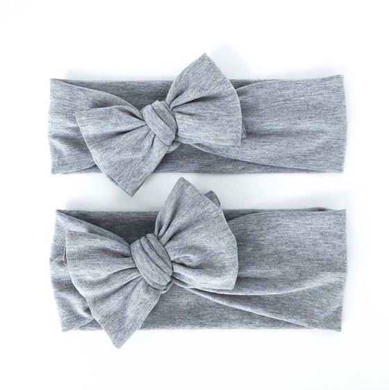 Image of heather grey // bow headband