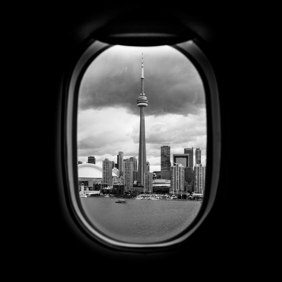 Image of Toronto from the plane's window. (YTZ)