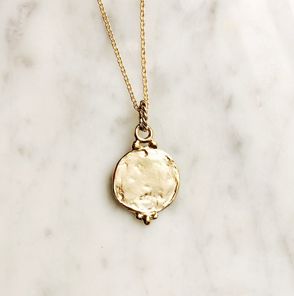 Image of Medallion Pendant Necklace