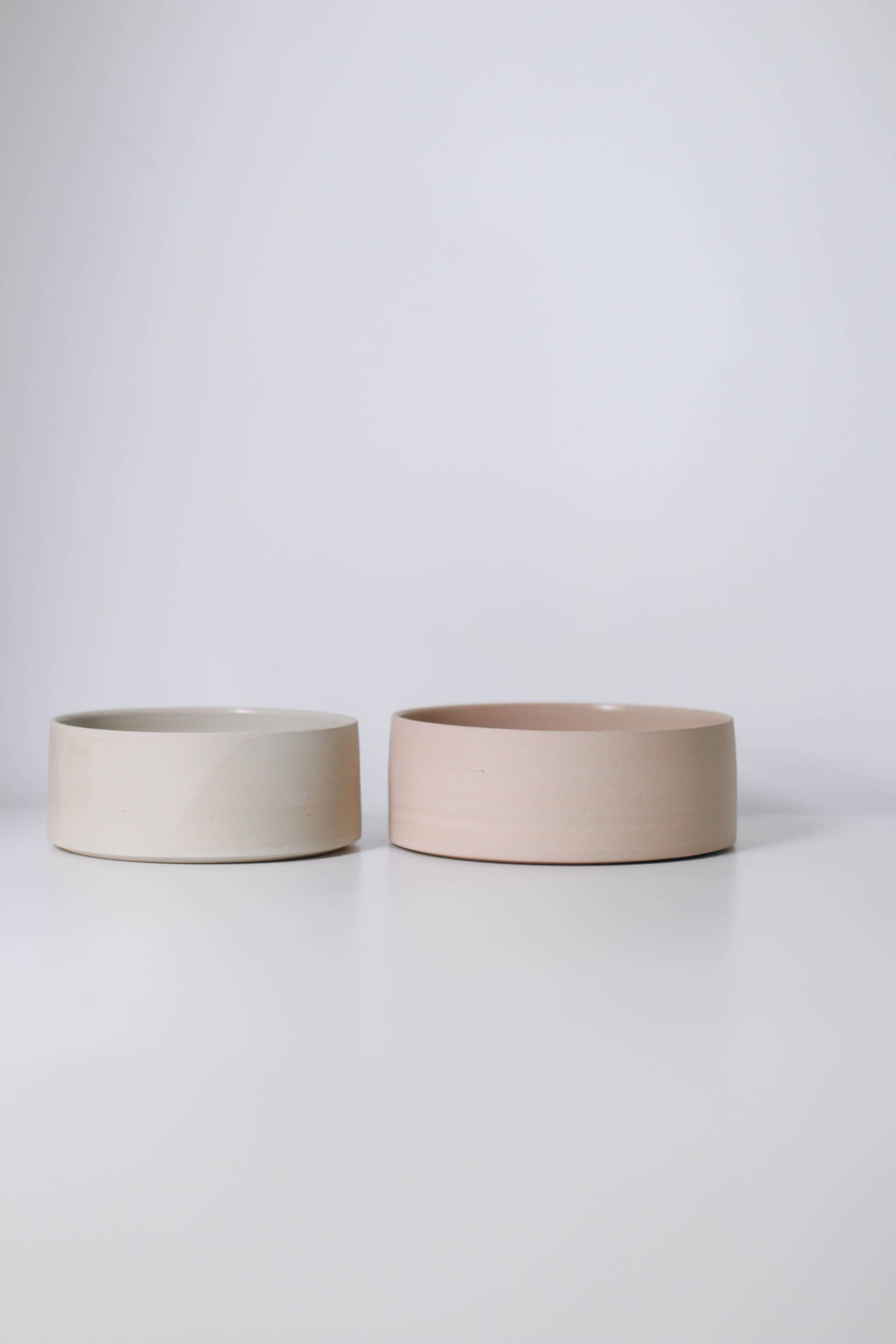 Image of Pair of serving bowls #10