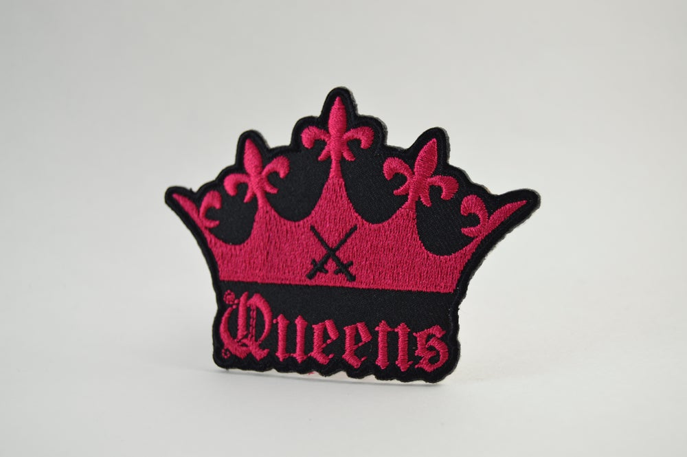 "Image of "" THE CROWN "" Collectible Patch BVQ"