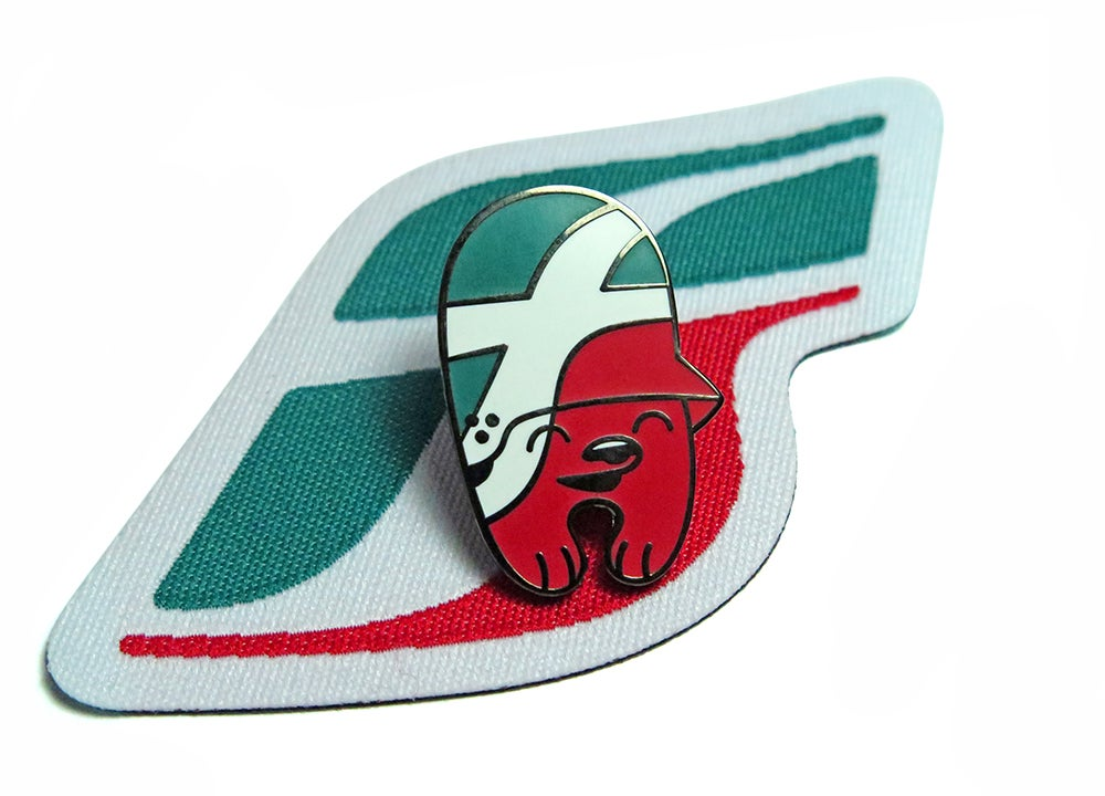 Image of Förrovie Dello Stato / pin & patch set