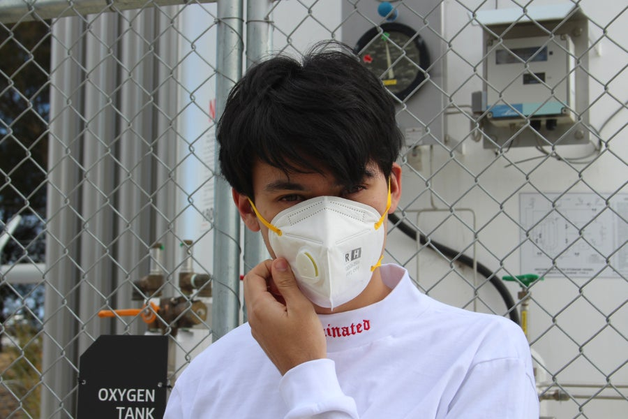 Image of CONTAMINATED TURTLENECK (WHITE)