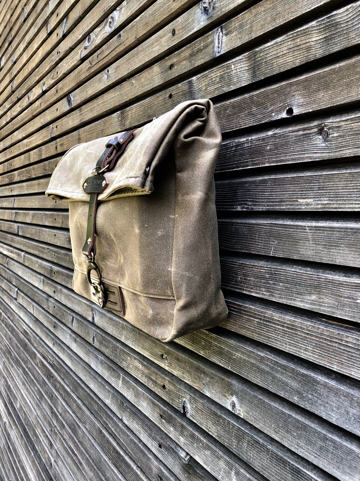 Image of Satchel in waxed canvas / Musette /  messenger bag in waxed canvas UNISEX