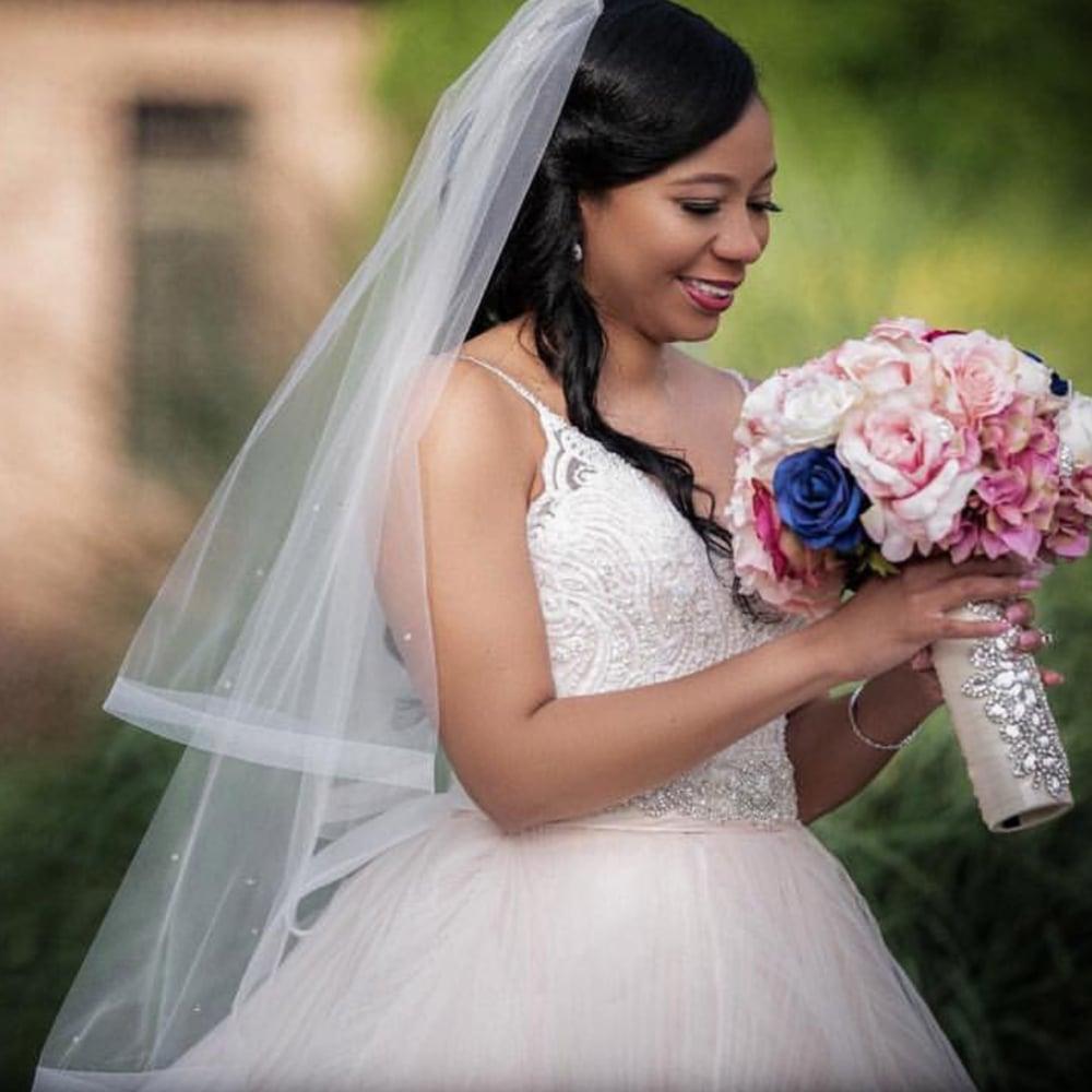 """Image of """"Tonya"""" Bouquet Holder"""