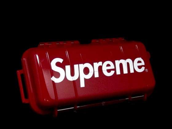 Image of SUPREME x PELICAN MICRO CASE