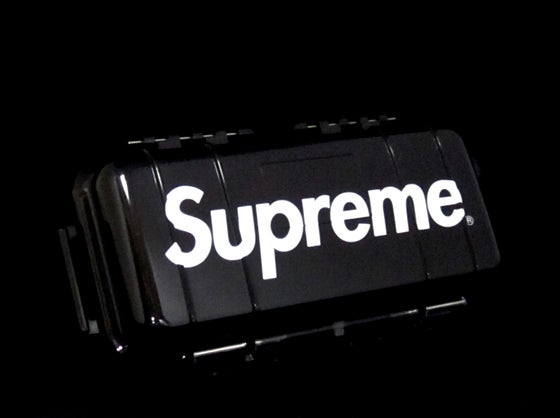 Image of SUPREME x PELICAN MICRO CASE (BLACK)