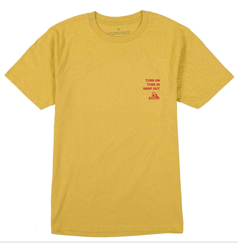 Image of JUNGLESJUNGLES - TUNE IN DROP OUT S/S TEE (YELLOW)