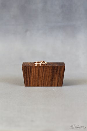 Image of Modern elegant ring bearer box