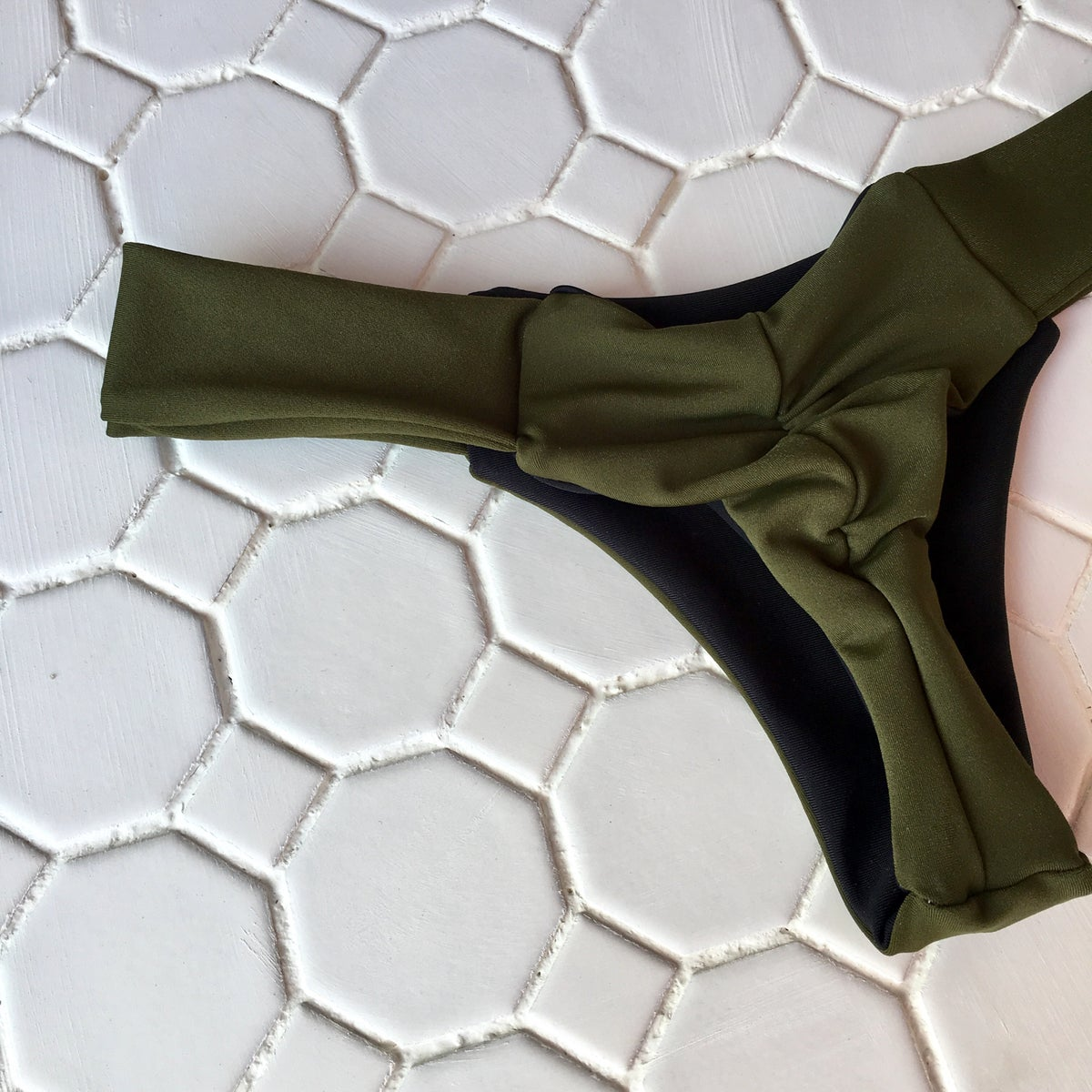 Image of LISALOVE BOTTOMS : OLIVE X BLACK