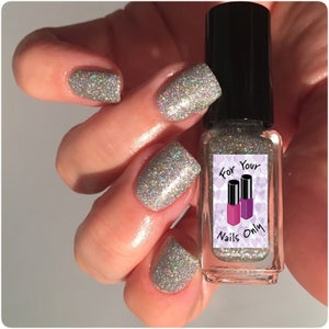 Image of Solitaire (Available 29 July at 6pm)