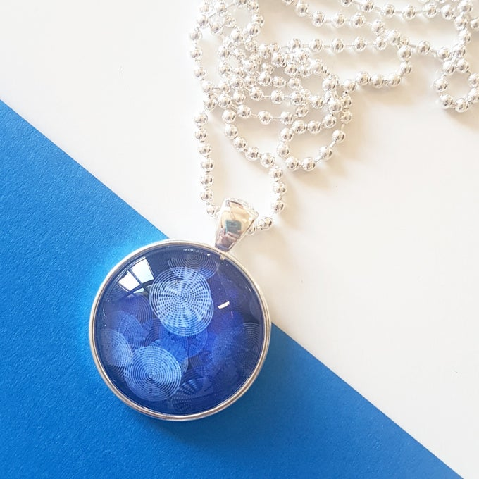 Image of 1inch pendant - Blue Circles