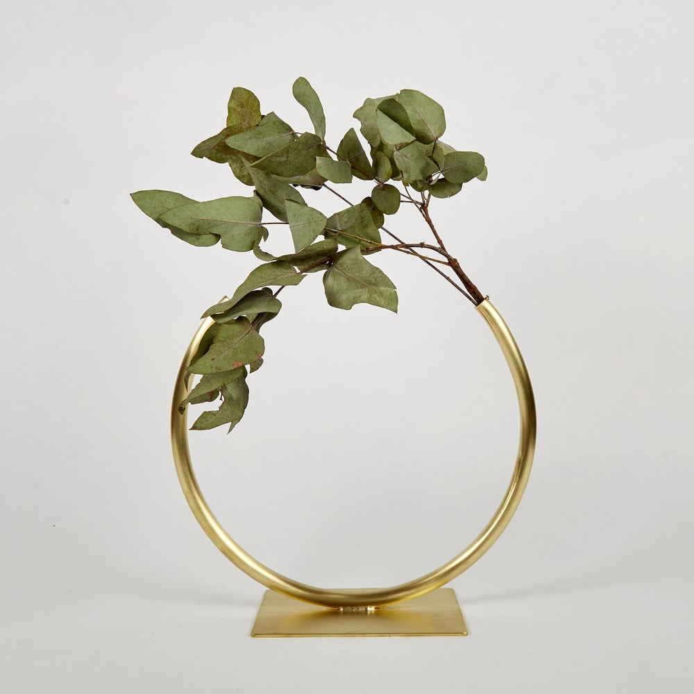 Image of Vase 640 - Almost a Circle Vase