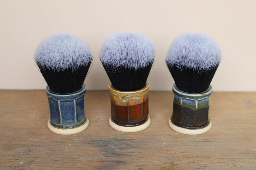 Image of 30mm Faceted Tuxedo Shaving Brush