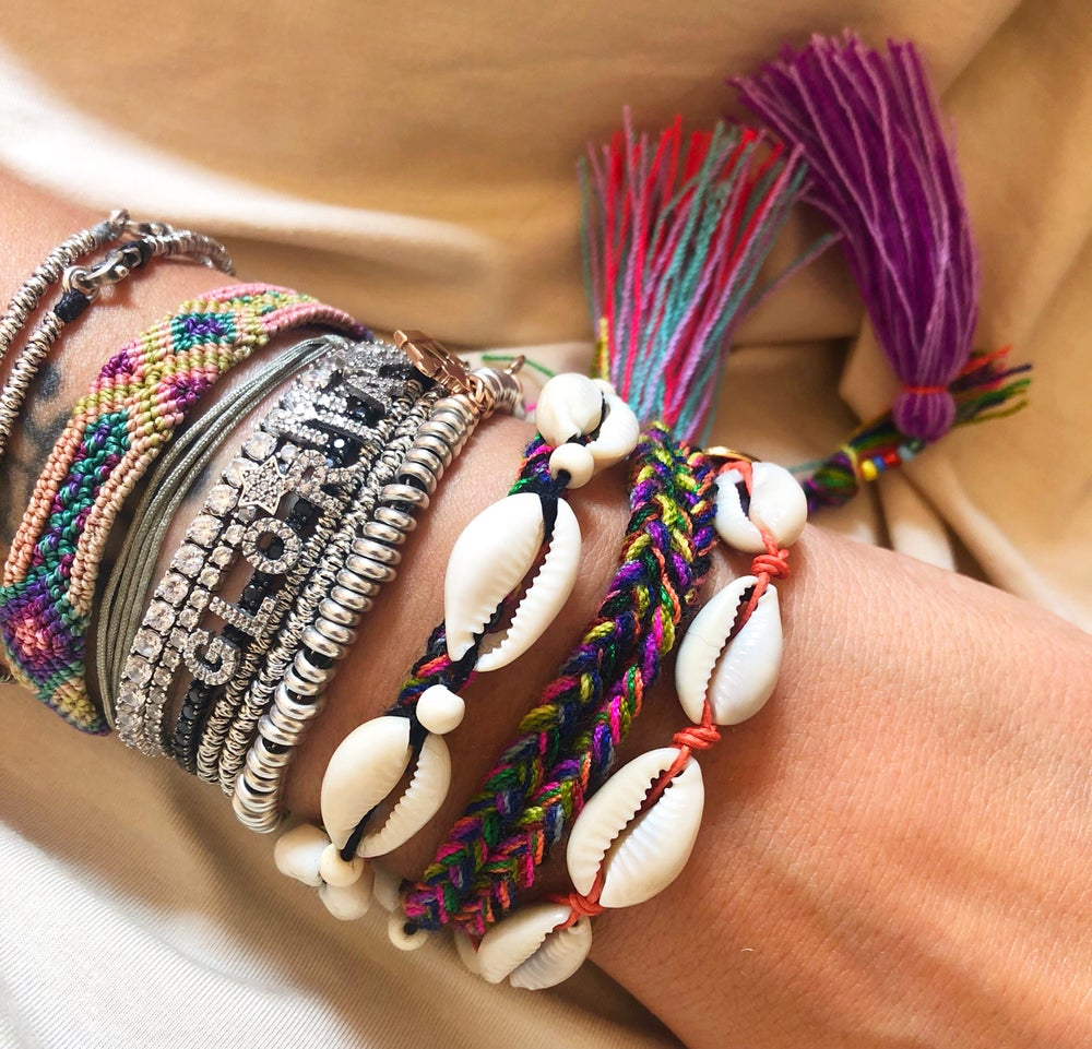 Image of SHELL JEWELS BRACCIALE
