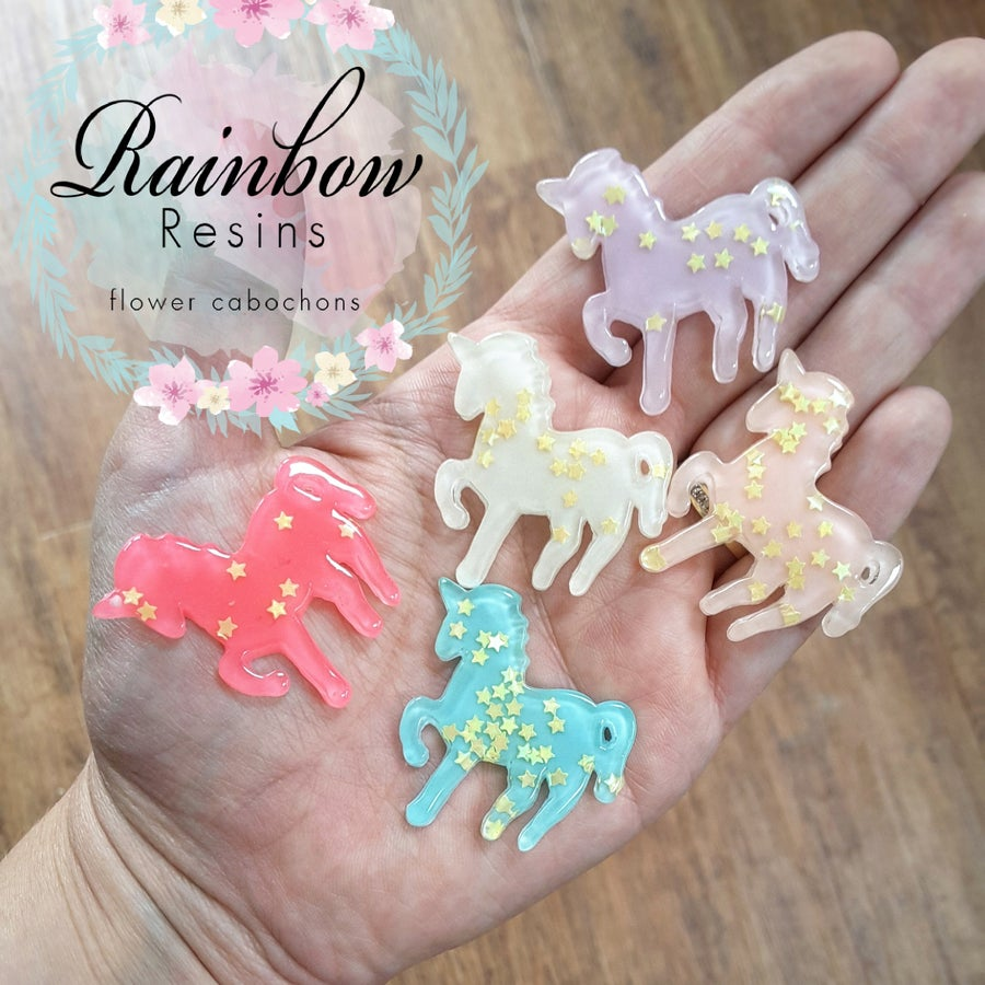 Image of Unicorn style 2 resin flatback x 5