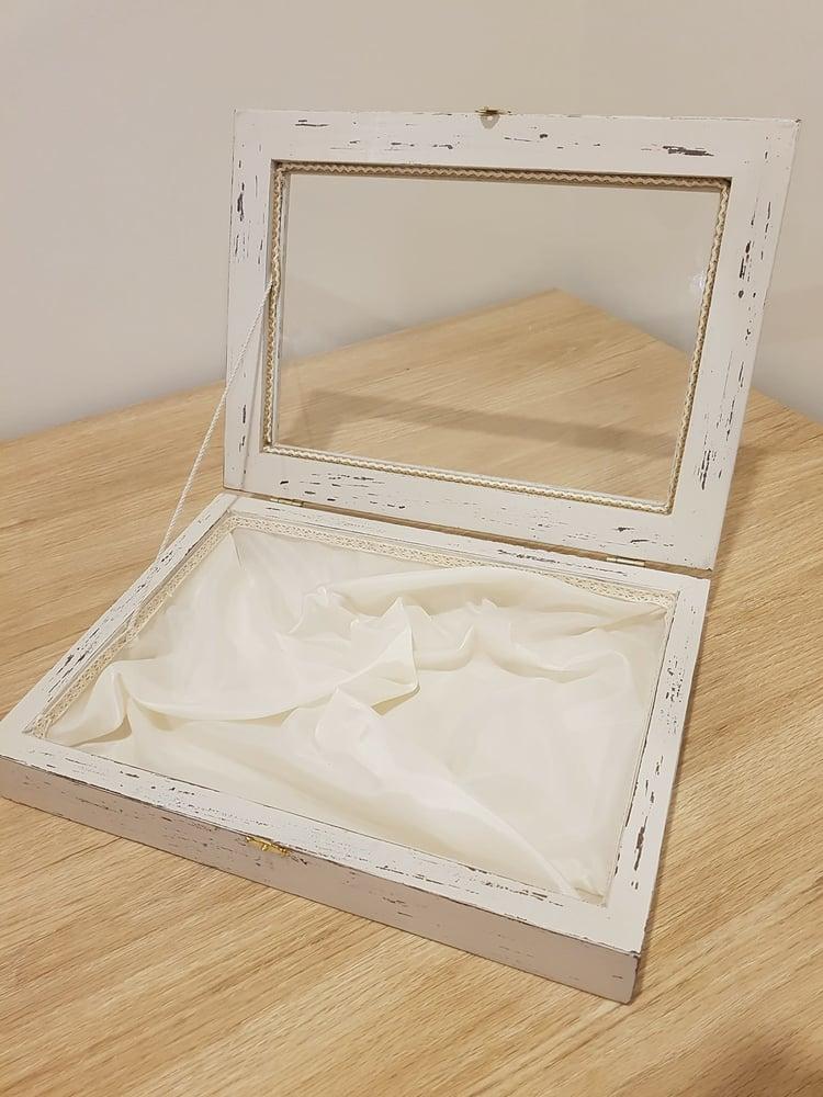 Image of Wooden Vintage Style Stefanothiki box
