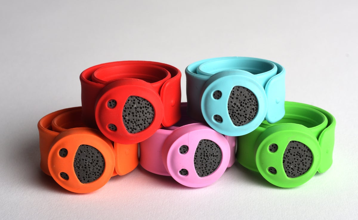 Image of Kid's Diffuser Slap Bracelet: Smiley Face