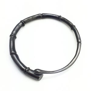Image of Black Tendril Bangle Bracelet 03