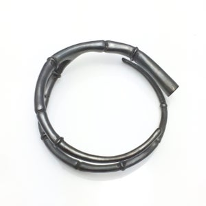 Image of Black Tendril Branch Bangle Bracelet 01